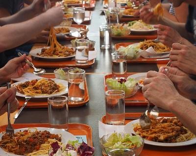 dietetyczne-posilki-w-placowkach-szkolnych